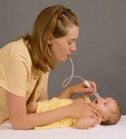 Альтернатива промывания носа детям до года