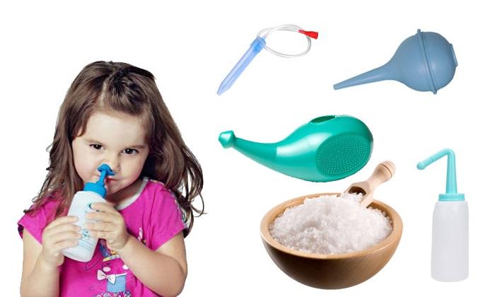 Промывание носа солевым раствором у ребенка